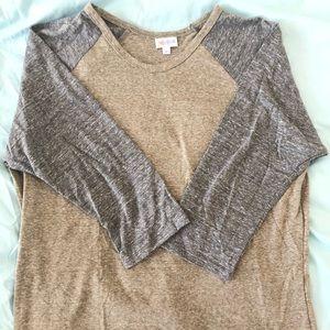 LulaRoe Randy ¾ Length Sleeve T-shirt Baseball Tee